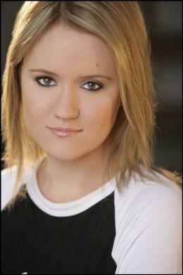 Aria Noelle Curzon