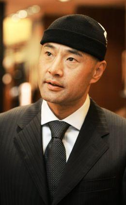 Ронггуанг Ю