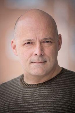 Майкл В. Честейн