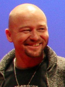 Виктор Шмелев