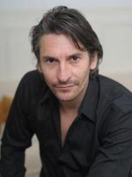 Николас Абрахам