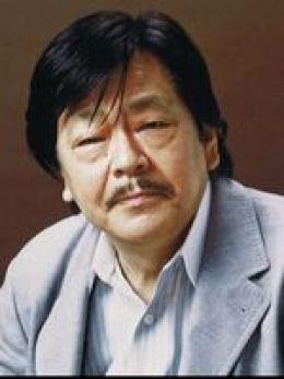 Yasutaka Tsutsuy