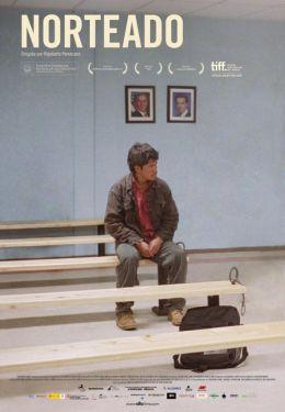 """Постер к фильму """"На север дороги нет"""" /Norteado/ (2009)"""