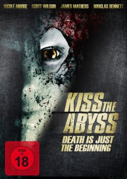 """Постер к фильму """"Поцеловать бездну"""" /Kiss the Abyss/ (2010)"""