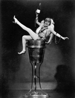 """Постер к фильму """"Шампанское"""" /Champagne/ (1928)"""