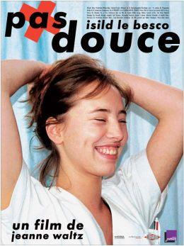 """Постер к фильму """"Без сантиментов"""" /Pas douce/ (2007)"""