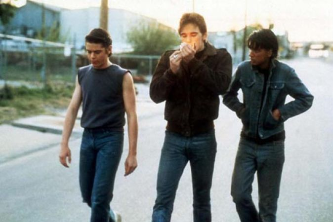 essays on the movie the outsiders One day, as ponyboy is walking home from a movie, he is jumper and beaten by a gang of socs the outsiders essay response 1513 words | 8 pages.