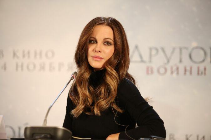 Кейт Бекинсейл представила фильм «Другой мир: Войны крови» в Москве