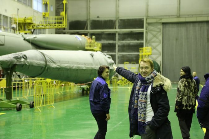 Евгений Миронов проводил космонавтов на орбиту