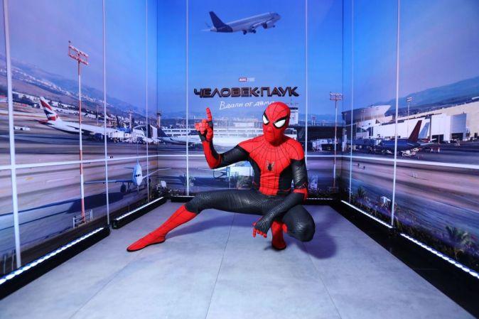 Светская премьера приключенческого экшна «Человек-паук: Вдали от дома» в Москве