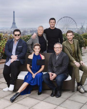 Фоторепортаж с пресс-мероприятий в Париже по волшебному фильму Disney «Красавица и Чудовище»
