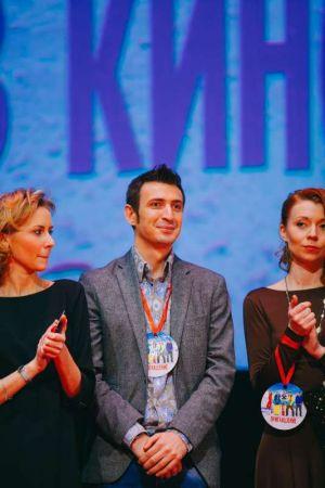 Звездные гости на премьере комедии «В спорте только девушки»