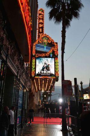 Премьера фильма «Тор 2: Царство тьмы» в Лос-Анджелесе