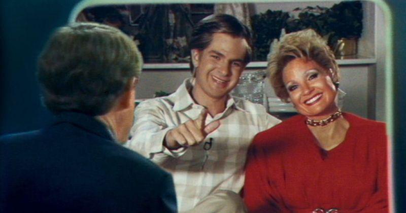 Эндрю Гарфилд отказался целовать подмышку Джессики Честейн для рекламы их фильма «Глаза Тэмми Фэй»