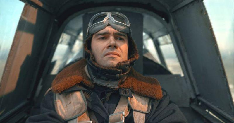 Вышел новый трейлер военной драмы «Лётчик» с Петром Фёдоровым
