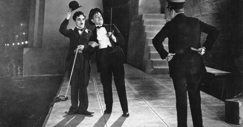 Эдгар Райт поделился списком ста любимых комедий