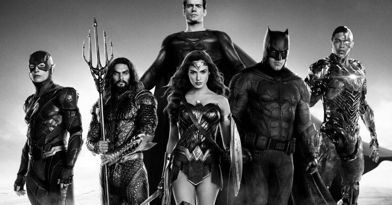Зак Снайдер показал чёрно-белый трейлер «Лиги справедливости»