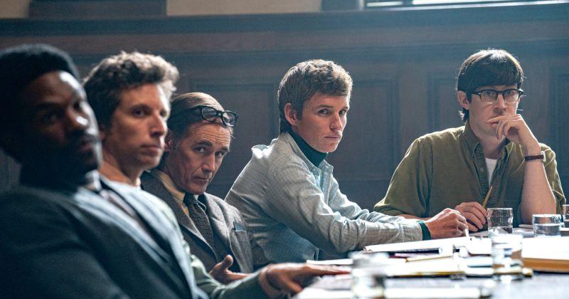 Netflix выдвинет на «Оскар» весь каст фильма «Суд над чикагской семёркой»