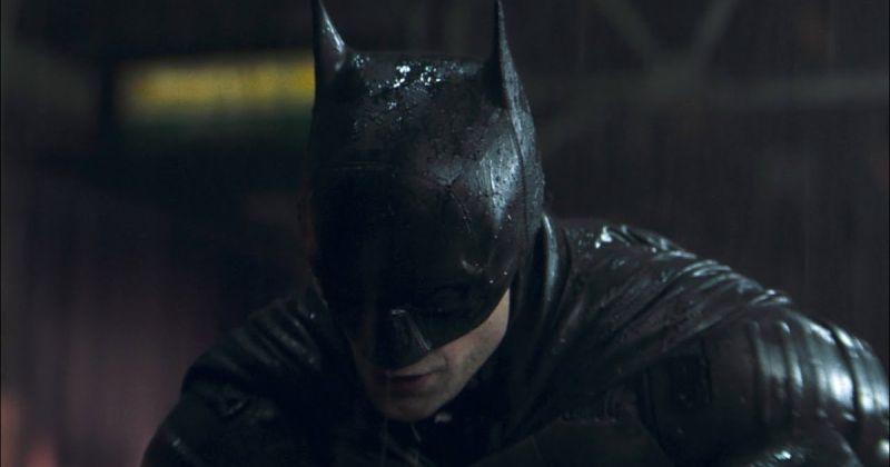 Заснеженный Готэм и бэтпещера попали на новые фото со съёмок «Бэтмена»