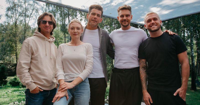 В Москве стартовали съёмки экранизации «The Тёлки» со звёздным актерским составом