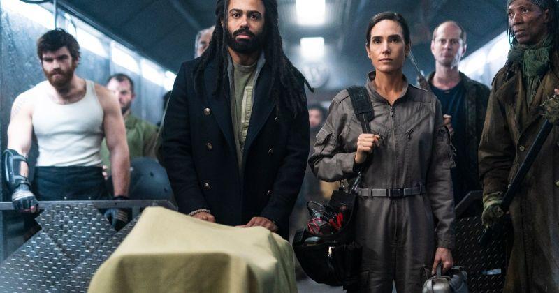 Антиутопию «Сквозь снег» продлили на третий сезон до выхода второго