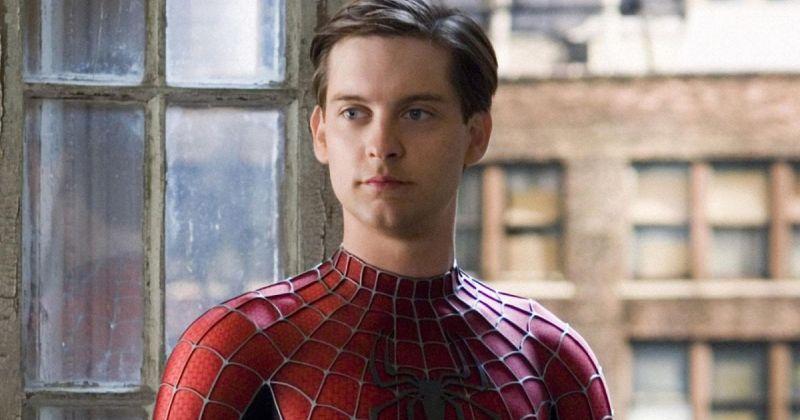 Костюм Тоби Магуайра из «Человека-паука» и перчатку Фредди Крюгера продадут на аукционе